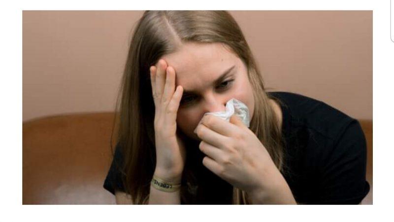 Cum deosebim o răceală de gripă sau Covid-19. Diferențele între cele trei boli