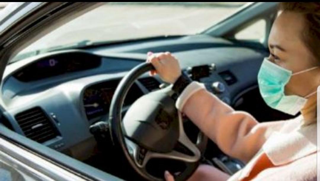 "Raed Arafat, anunt pentru soferi: ""In masina trebuie purtata masca"