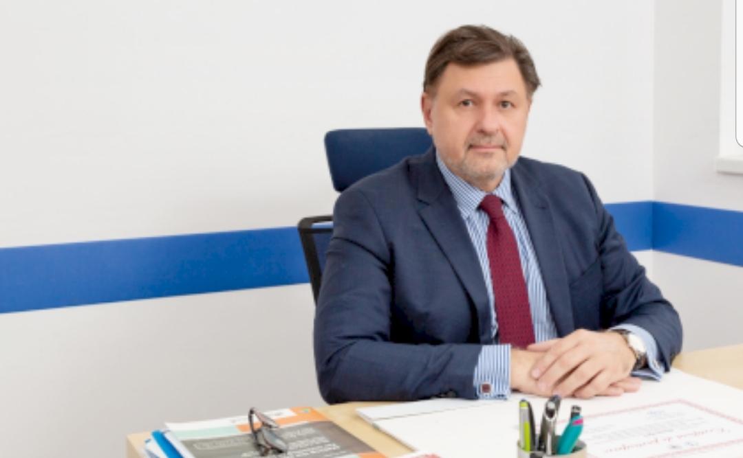 """Profesorul Alexandru Rafila: """"al treilea val al pandemiei va mai dura 45 de zile"""". Ce se întâmplă din toamnă"""