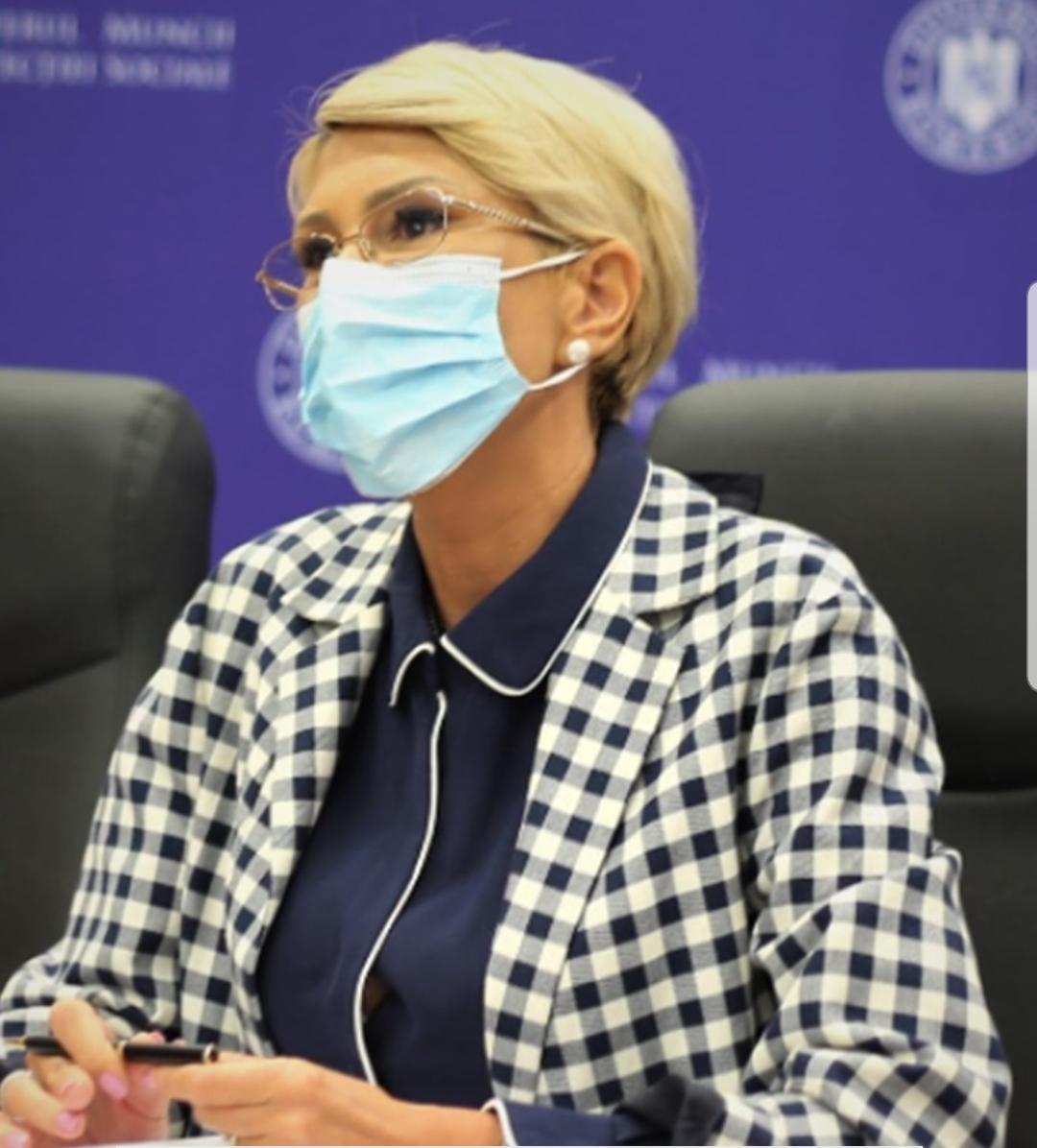 Bani pentru milioane de români. Ministrul Muncii a anunțat ce se întâmplă de la 1 ianuarie 2022